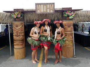 hula aloha luau dancers